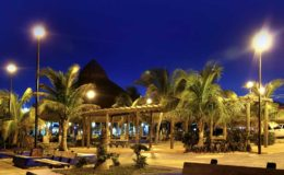 Puerto-Morelos-at-night