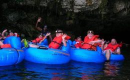 belize-cave-tubing-and