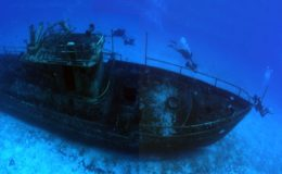scuba_diving_boat_wreck_cozumel_mexico