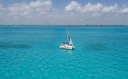 47′ Sailing Catamaran3