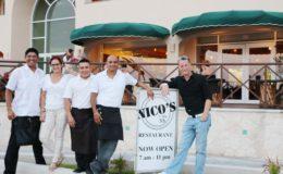 Isla-mujeres nico's oceanfront restaurant