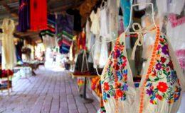 Puerto-Morelos-shopping