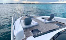80′ Dyna Luxury Yacht 10