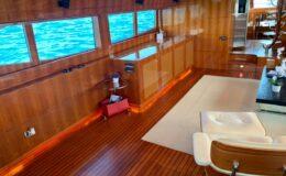 80′ Dyna Luxury Yacht 2